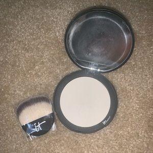 IT cosmetics bye bye pore anti-aging powder